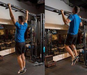 flexión de brazos en la barra